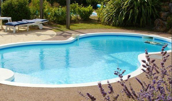 piscine forme de 8