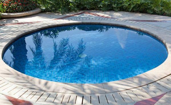 piscine en cercle